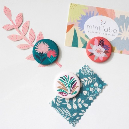 3 round Magnet with Papercut pattern
