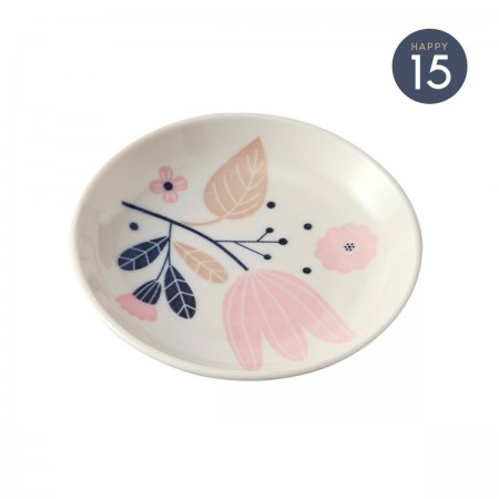 Porcelain plate with tulipe pattern