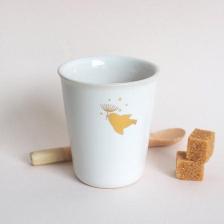 Gobelet en porcelaine l'envol or
