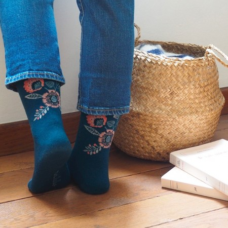 Jacquard socks with Petrol Folk Bouquet Pattern
