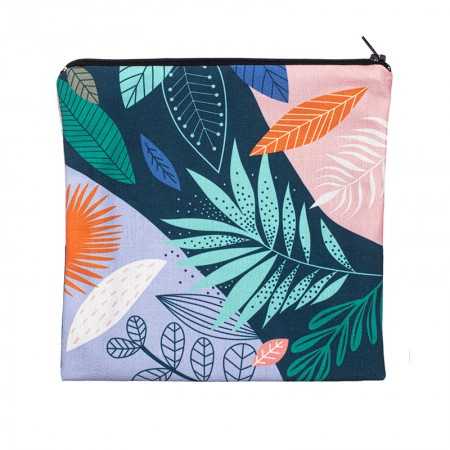 Clutch bag with Exotic motif